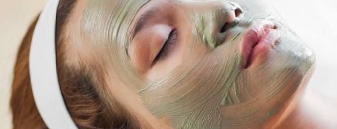 cellefornyende og dybderensende ansigtsmaske