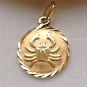 Krebsen - Guld vedhæng med stjernetegnet krebs