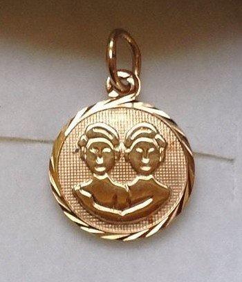 Tvilling - Guld vedhæng med stjernetegnet tvillingen