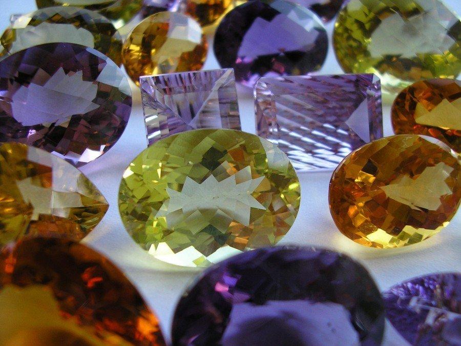 Stjernetegn, sten og krystaller