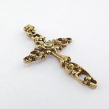 håndsmedet krusifiks i 8 karat guld sælges brugt. Flot antikt guldkors vedhæng