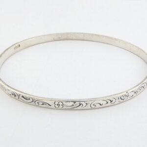 Armring i Sølv med mønster 57mm - billigt sølv armbånd til salg