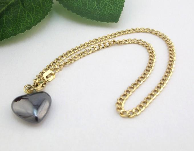 Fint Guld Armbånd med hjerte i blodsten. brugt guld armbånd