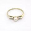 Guld ring med ægte perle og brillianter brugt til salg