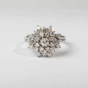 Guldring med brilliant slebne diamanter 1ct. i 14 karat hvidguld str. 59 4.9 g 04