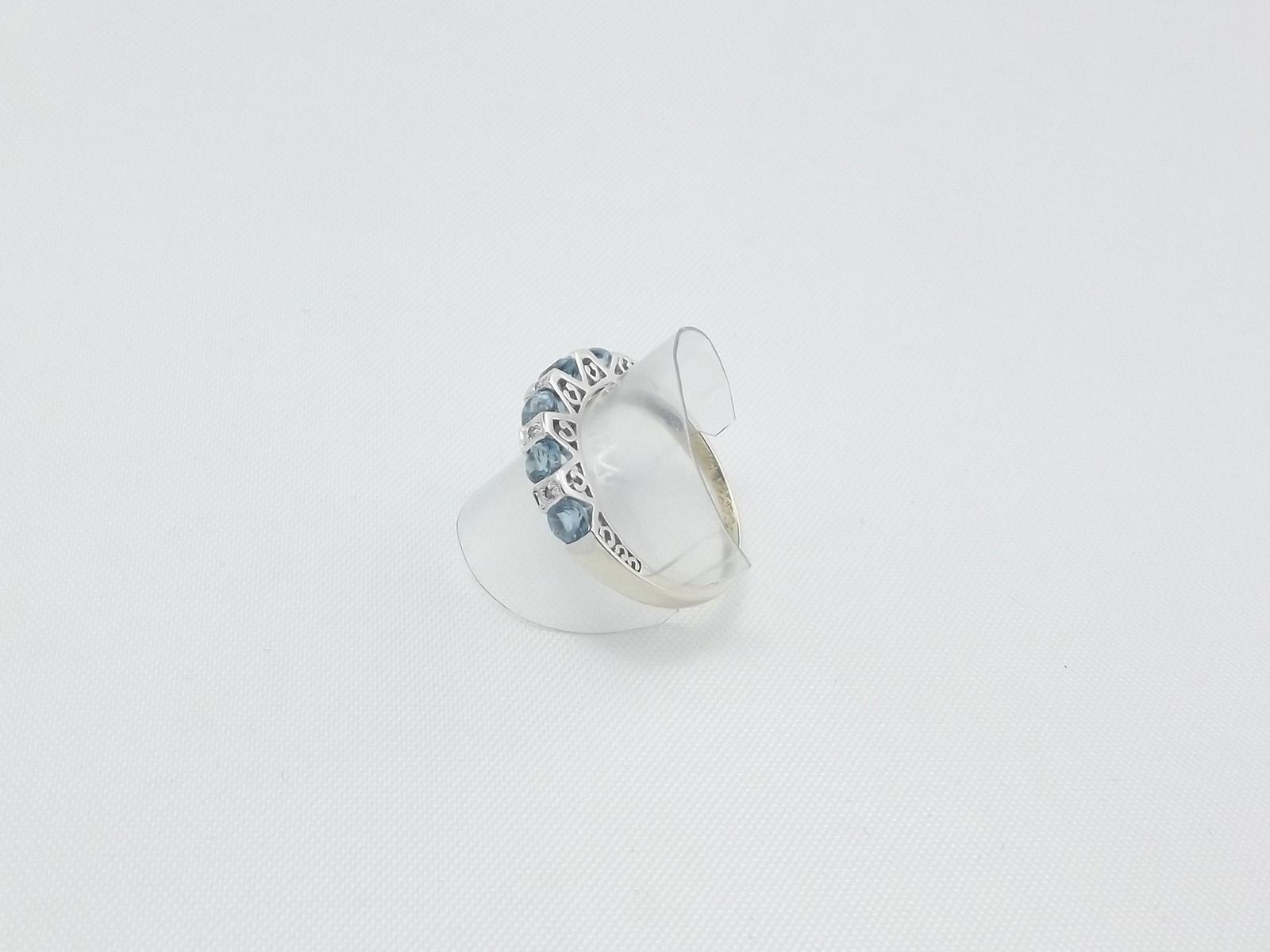 Lyseblå akvamarin & diamantring 9 karat hvidguld, brugt til salg
