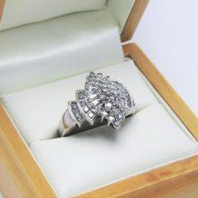 Cocktailring 1.0 ct Diamanter i 14 karat hvidguld brugt til salg