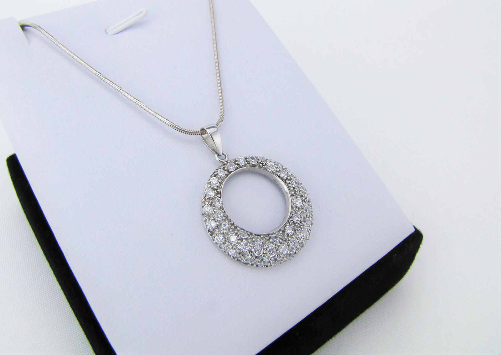 Slangekæde med cirkel vedhæng i 925 sterling sølv
