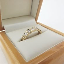 0,5 ct eternity guldring i 14 karat guld - TOP BRILLANTER