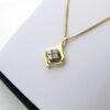 18K Guld brillant vedhæng på 0,20 ct - Brugte vedhæng i 18 karat guld med brillanter. Altid mange brillant vedhæng til salg. Brugte kvalitetssmykker