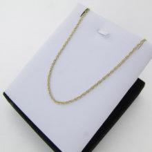 Feminin guld halskæde i et åbent snoet design sælges brugt. Køb billige guldsmykker online. find en billig guld halskæde hos pulze smykker. Restaurerede smykker.