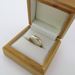 Bred Fingerring i 9 karat guld I love you indgraveret