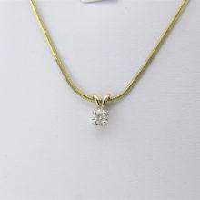 Elegant guldvedhæng i 9 karat guld med 0,15 ct. diamant