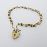 Guldarmbånd med hjertelås i 9 karat guld brugt til salg