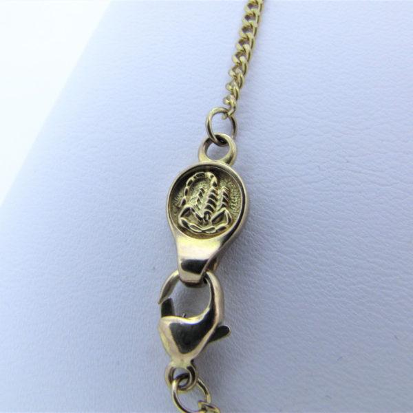 Panser halskæde i 8 karat guld med flot skorpiontegn i låsen