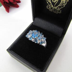 Cocktail Ring med blå Tourmalin & brillanter