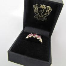 Guld fingerring med rubiner og diamanter 9 karat. Vintage guld ring med rubin og diamant.